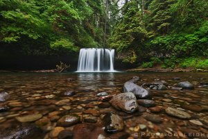 waterfall___upper_butte_creek_falls_by_la_vita_a_bella-d6ajsqy
