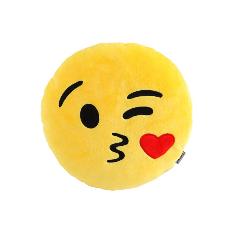 kiss-emoji-pillow